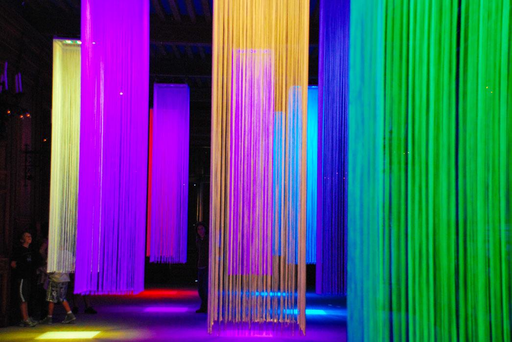 """Résultat de recherche d'images pour """"LUSTRE A FIL AVEC PROJECTEUR LED"""""""
